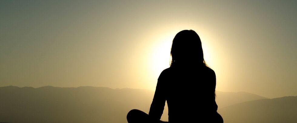 5 life changing meditation techniques